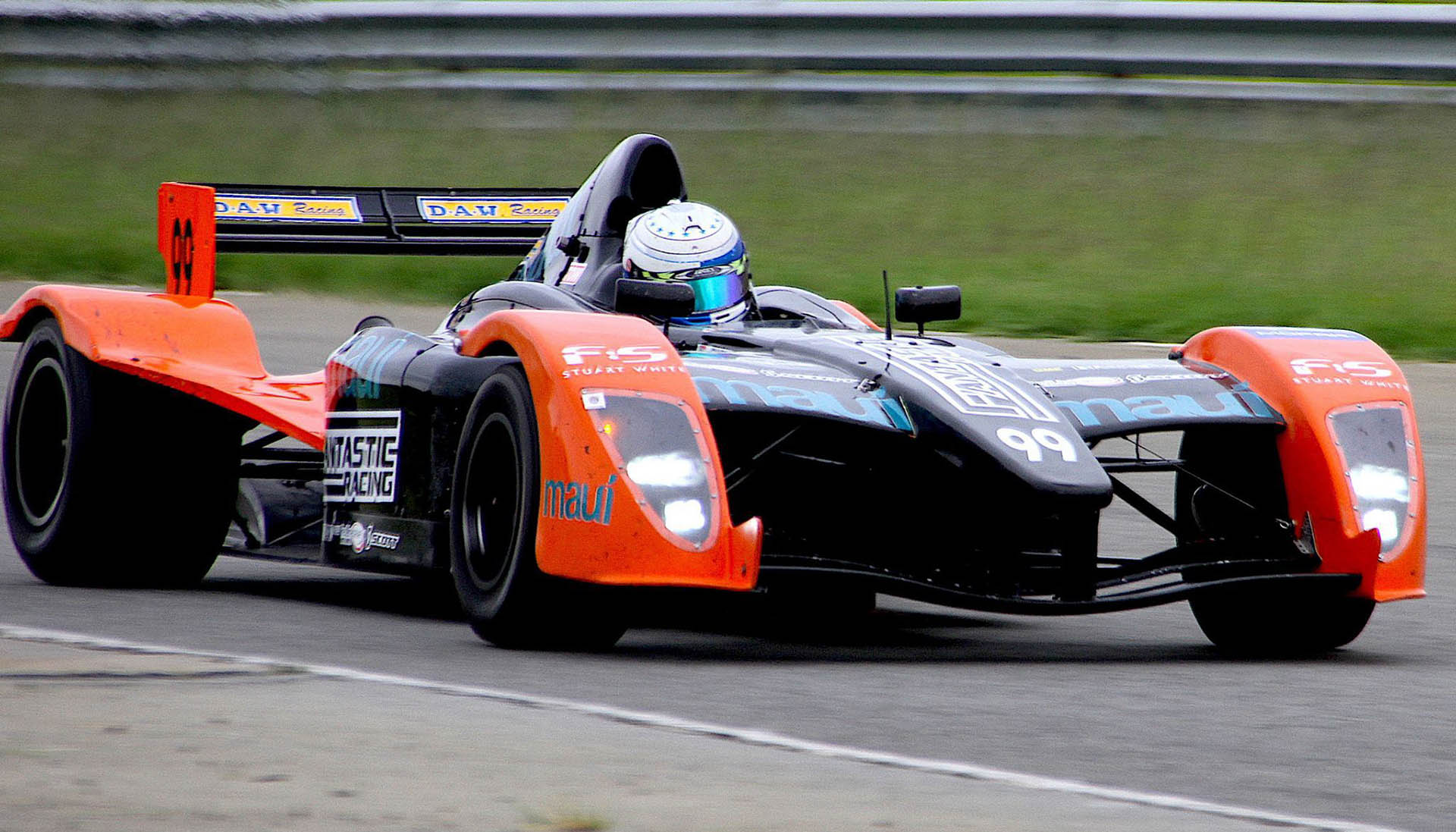 The race-winning Fantastic Racing Maui Formula Renault